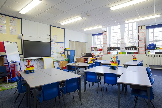 5 Summer School Cleaning Tasks for Before the New School Year