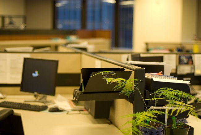 Commercial Janitorial Cleaning for a Successful Clean Desk Policy
