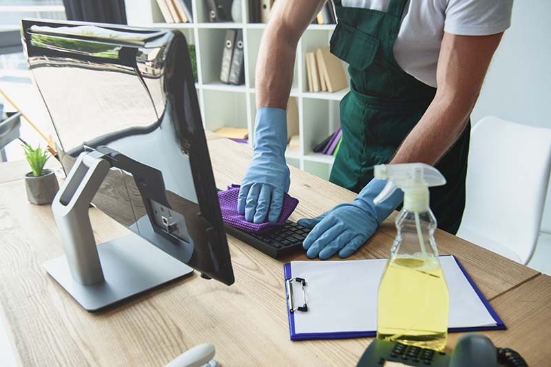 Office Cleaning Tips for a Tidy Workspace