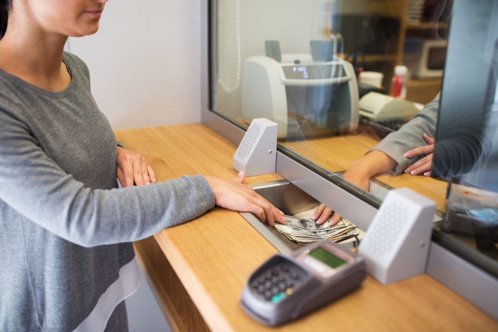 3 Reasons To Hire A Commercial Cleaning Service To Clean Your Bank